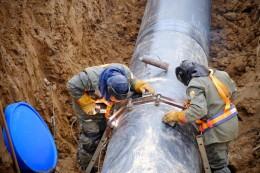 Рабочие на строительство газопровода