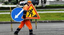 Разнорабочий на строительстве дорог