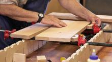 Разнорабочие на производство деталей мебели