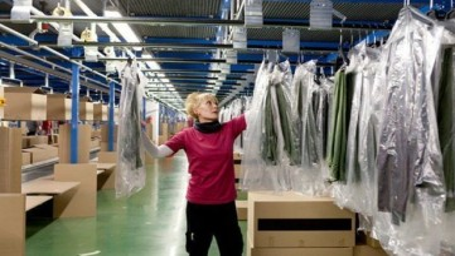 Пакувальник на склад одягу ZARA /без досвіду робот
