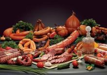 упаковка мясных изделий на супермаркеты