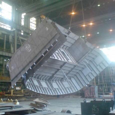 монтажники металлоконструкций