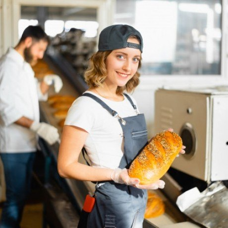 Упаковщик на хлебозавод 23400 грн/мес